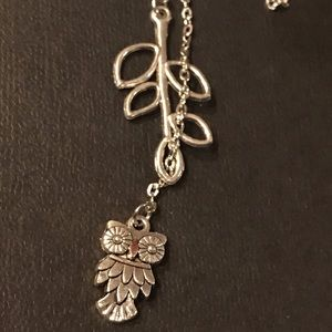 """NWT - 14 in """"Owl & Leaf Lariat"""" Necklace"""